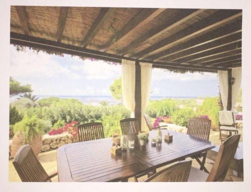 huis op 2 kavels op een fantastische locatie in Binibeca Menorca